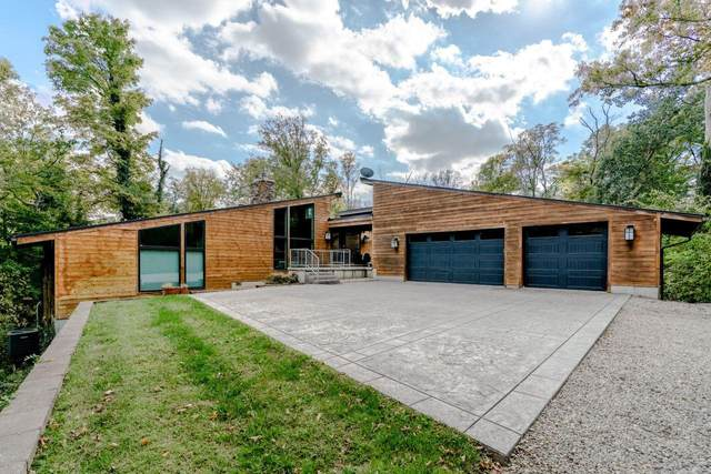 8675 Camargo Club Drive, Indian Hill, OH 45243 (#1719064) :: The Susan Asch Group
