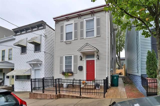 1124 Belvedere Street, Cincinnati, OH 45202 (#1719749) :: The Susan Asch Group