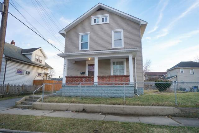 1904 Queen Avenue, Middletown, OH 45044 (#1568565) :: The Dwell Well Group