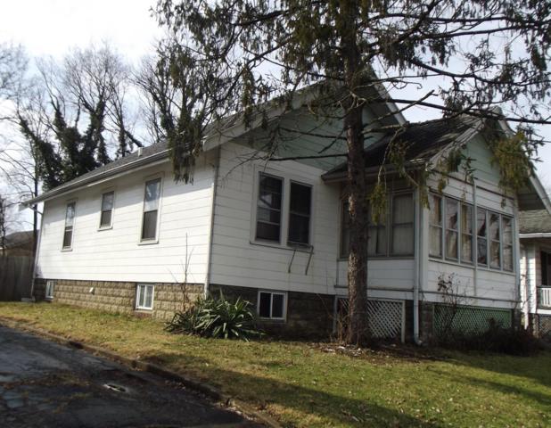 107 Pershing Avenue, Lockland, OH 45215 (#1568600) :: Bill Gabbard Group