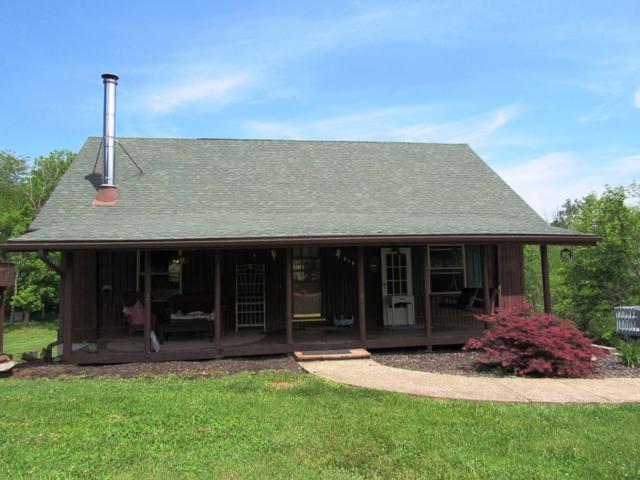 856 Hickory Road, Lawrenceburg, IN 47025 (#1580762) :: Bill Gabbard Group