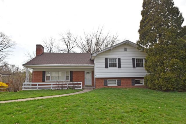 8755 Appleknoll Lane, Sycamore Twp, OH 45236 (#1617788) :: Chase & Pamela of Coldwell Banker West Shell
