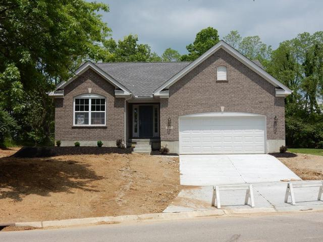 698 Oak Forest Drive, Hamilton Twp, OH 45152 (#1623575) :: Chase & Pamela of Coldwell Banker West Shell