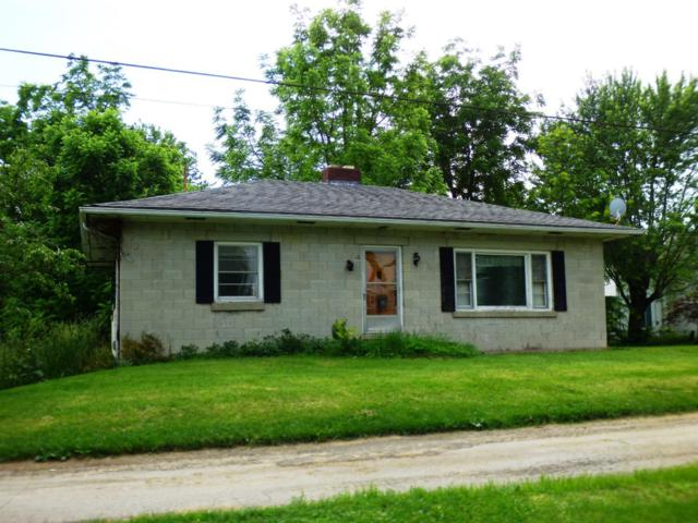 118 Rollins Lane, New Vienna, OH 45159 (#1627710) :: Chase & Pamela of Coldwell Banker West Shell