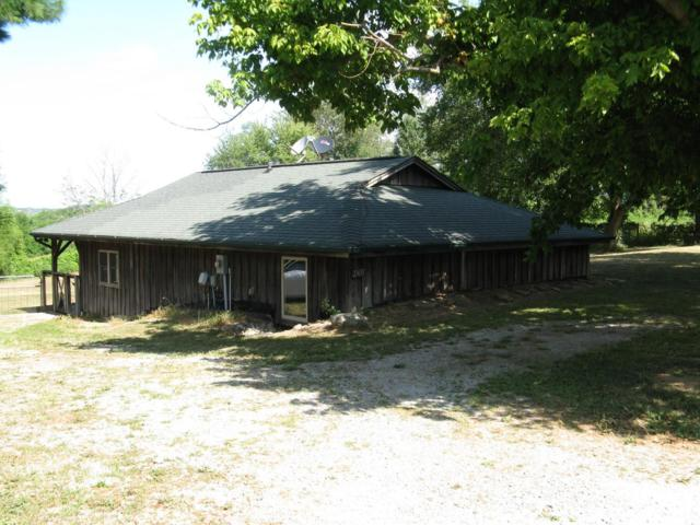23651 Mt Pleasant Road, Lawrenceburg, IN 47025 (#1630170) :: Drew & Ingrid | Coldwell Banker West Shell