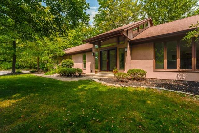 1210 Morts Pass, Wyoming, OH 45215 (#1632769) :: Chase & Pamela of Coldwell Banker West Shell