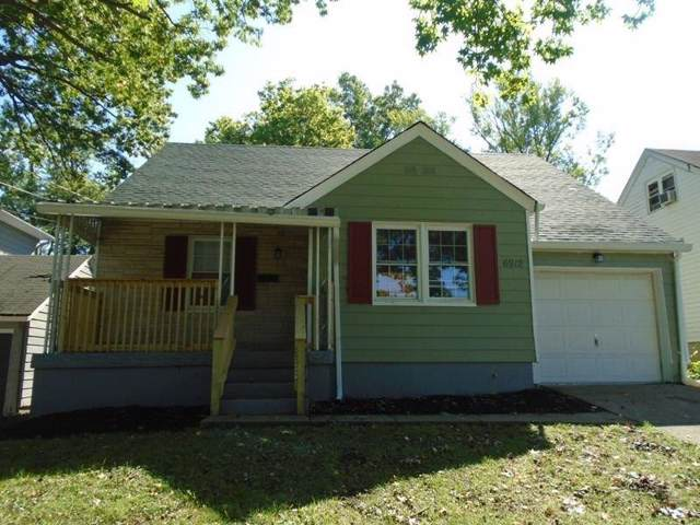 6912 Somerset Drive, Springfield Twp., OH 45224 (#1637651) :: Chase & Pamela of Coldwell Banker West Shell