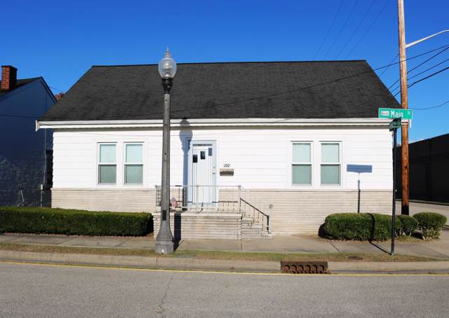 202 Main Street, Lawrenceburg, IN 47025 (#1639177) :: The Chabris Group