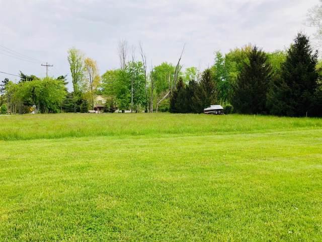 1802 Chapel Woods Drive, Batavia Twp, OH 45103 (#1643080) :: The Chabris Group