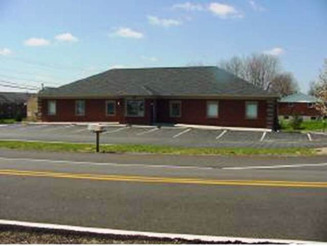 465 Bielby Road, Lawrenceburg, IN 47025 (#1643138) :: The Chabris Group