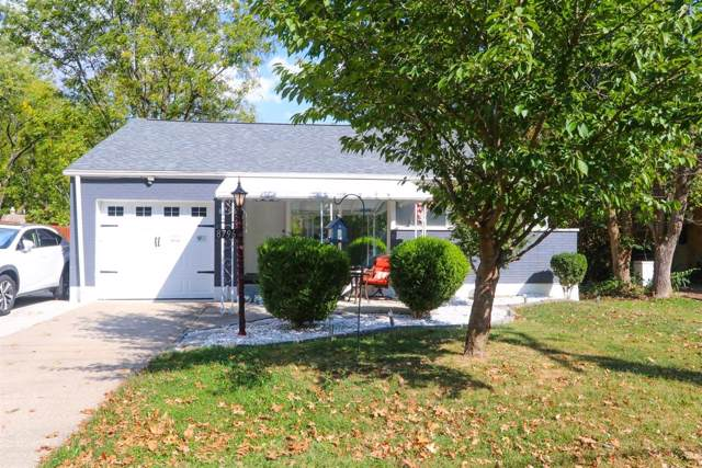 8796 Cottonwood Drive, Springfield Twp., OH 45231 (#1643226) :: The Chabris Group