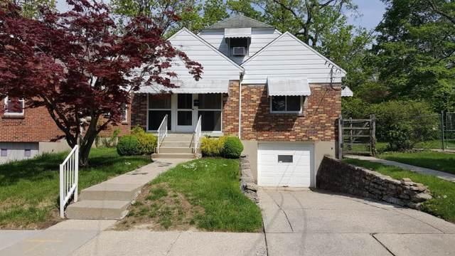 5726 Wintrop Avenue, Cincinnati, OH 45224 (#1644095) :: The Chabris Group