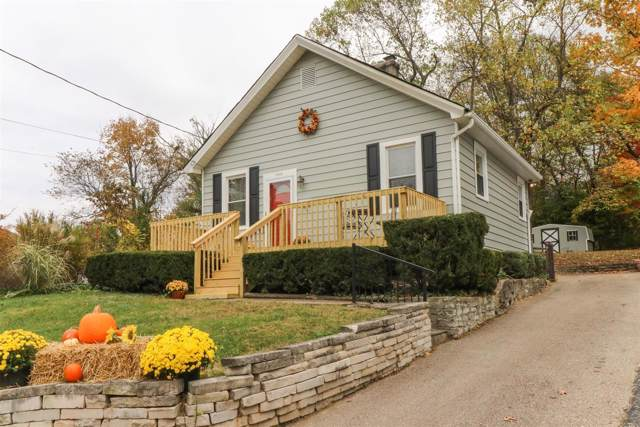 6882 Esther Lane, Madeira, OH 45243 (#1646171) :: The Chabris Group