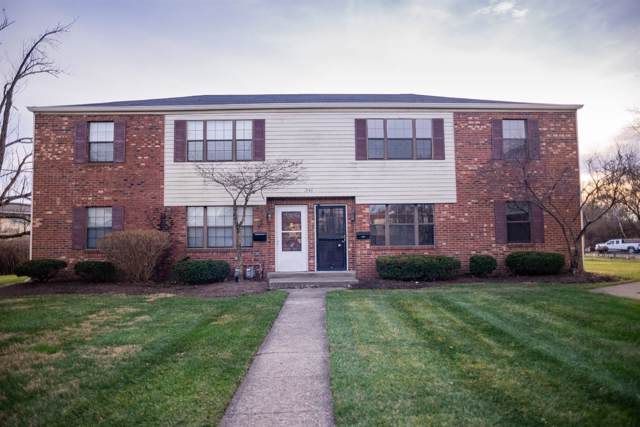 1946 Chaucer Drive B, Sycamore Twp, OH 45237 (#1648390) :: The Chabris Group