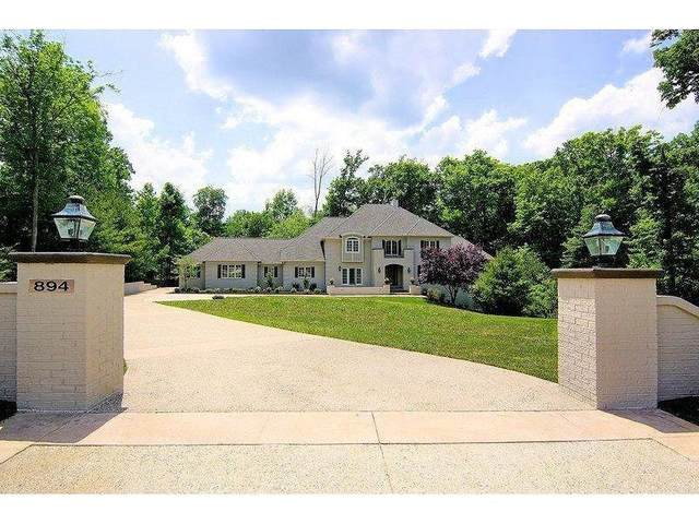 894 Winding River Boulevard, Hamilton Twp, OH 45039 (#1650998) :: The Chabris Group