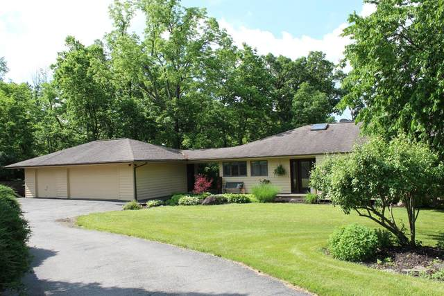2759 Sandyhills Drive, Ross Twp, OH 45013 (#1663717) :: The Chabris Group