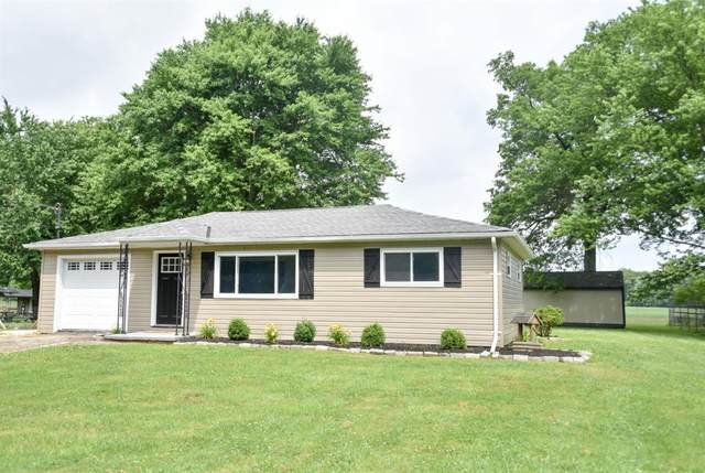 2206 Wilshire Circle, Stonelick Twp, OH 45122 (#1664646) :: The Chabris Group