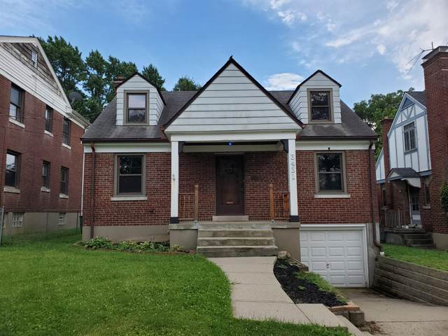 3431 St. Ann Place, Cheviot, OH 45211 (#1667614) :: The Chabris Group