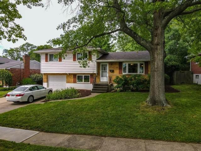 8922 Cherry Blossom Lane, Springfield Twp., OH 45231 (#1669730) :: Century 21 Thacker & Associates, Inc.