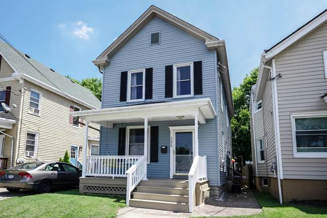 5220 Rolston Avenue, Norwood, OH 45212 (#1670309) :: The Chabris Group