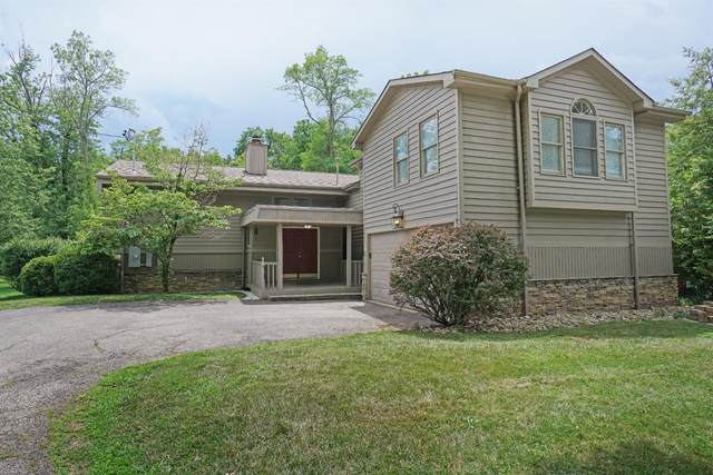555 Fleming Road, Springfield Twp., OH 45231 (#1670410) :: The Chabris Group