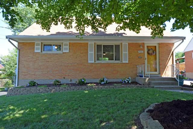 7060 Jeannie Avenue, Anderson Twp, OH 45230 (#1670541) :: The Chabris Group