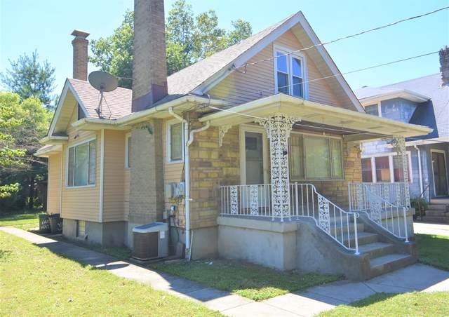11 Escalon Street, Cincinnati, OH 45216 (#1673044) :: The Chabris Group