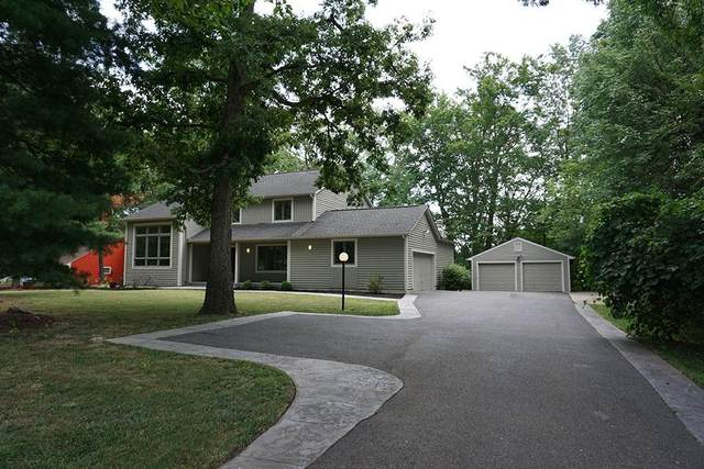 8483 Fields Ertel Road, Symmes Twp, OH 45249 (#1673437) :: The Chabris Group