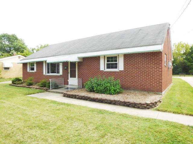 591 Lafayette Avenue, Springdale, OH 45246 (#1675111) :: The Chabris Group