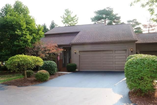 11 Carpenters Ridge, Blue Ash, OH 45241 (#1675313) :: Century 21 Thacker & Associates, Inc.