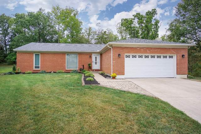 5592 Seville Court, Green Twp, OH 45247 (#1675769) :: The Chabris Group