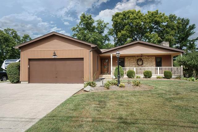 582 Smiley Avenue, Springdale, OH 45246 (#1676298) :: The Chabris Group