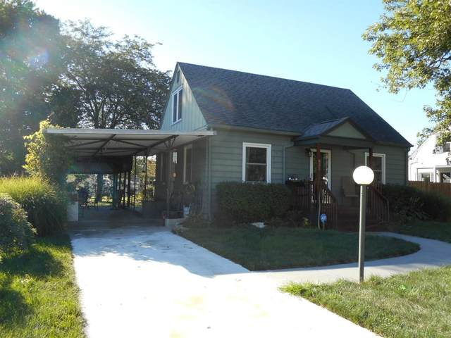 831 N South Street, Wilmington, OH 45177 (#1676775) :: The Chabris Group