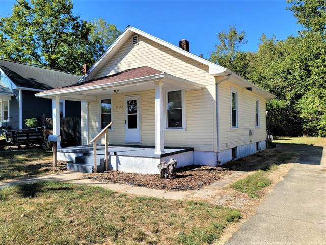 2124 Winona Drive, Middletown, OH 45042 (#1676806) :: The Chabris Group