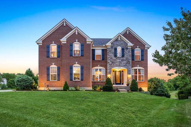 7500 Susan Springs Drive, West Chester, OH 45069 (#1677320) :: The Chabris Group