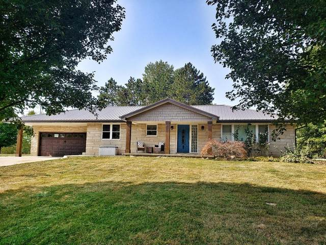 10138 Reservoir Road, Brookville, IN 47012 (#1677454) :: The Chabris Group
