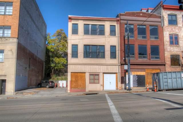 528 Reading Road, Cincinnati, OH 45202 (#1682438) :: Century 21 Thacker & Associates, Inc.