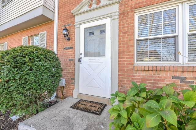 7604 Dover Court, West Chester, OH 45069 (#1683597) :: The Chabris Group