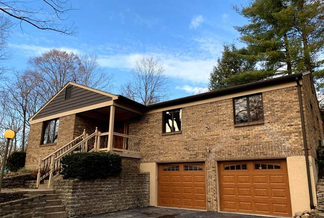 6900 Royalgreen Drive, Anderson Twp, OH 45244 (#1684926) :: The Chabris Group