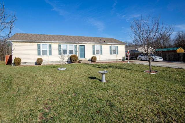 4202 East Fork Hills Drive, Williamsburg Twp, OH 45103 (#1686356) :: The Chabris Group