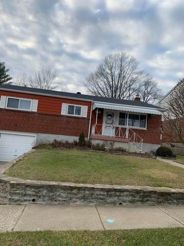 3333 Greencrest Court, Green Twp, OH 45248 (#1687716) :: The Chabris Group