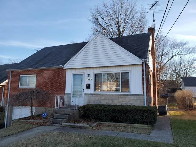 1491 Southridge Lane, North College Hill, OH 45231 (#1688401) :: The Chabris Group