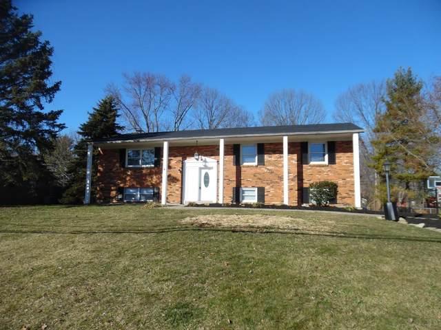 8361 Grinn Drive, West Chester, OH 45069 (#1689736) :: Century 21 Thacker & Associates, Inc.
