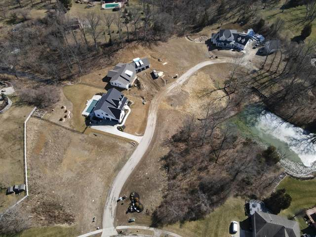 6028 Eden Roc Place, Green Twp, OH 45247 (#1692587) :: The Huffaker Group