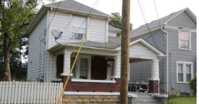 1813 Clarendon Avenue, Middletown, OH 45042 (#1699581) :: The Chabris Group