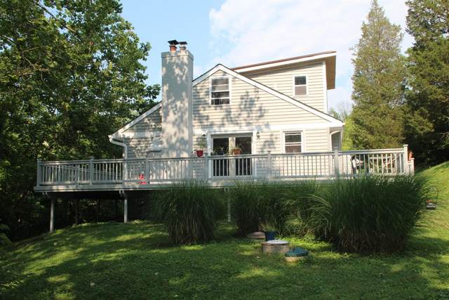 3318 Cole Road, Pierce Twp, OH 45157 (#1703538) :: The Huffaker Group