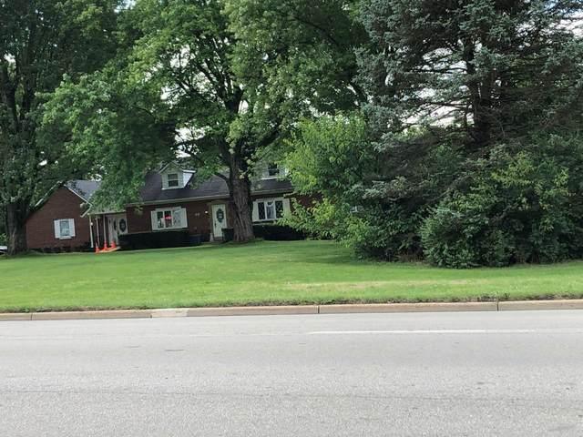 105 W Central Avenue, Springboro, OH 45066 (#1174991) :: The Chabris Group