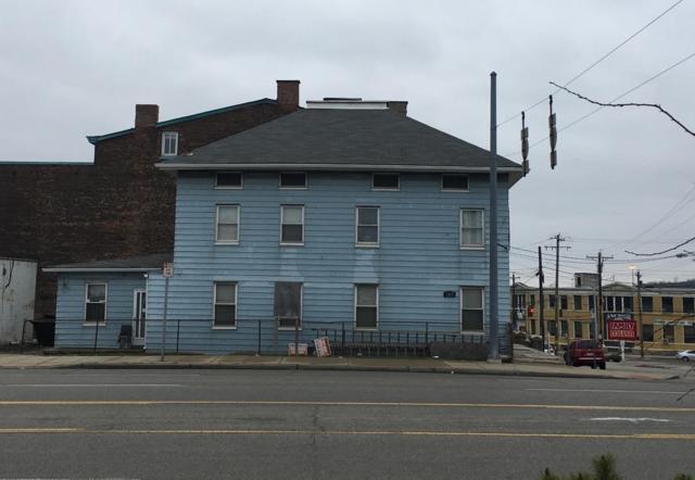 2964 Burlington Place, Cincinnati, OH 45225 (#1565855) :: The Chabris Group