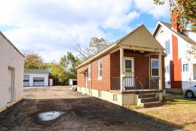 313 Jefferson Avenue, Reading, OH 45215 (#1643354) :: The Chabris Group