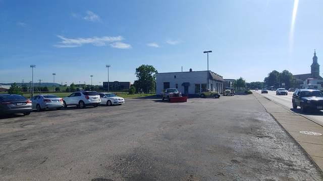 45 W Eads Pkwy, Lawrenceburg, IN 47025 (MLS #1668682) :: Bella Realty Group